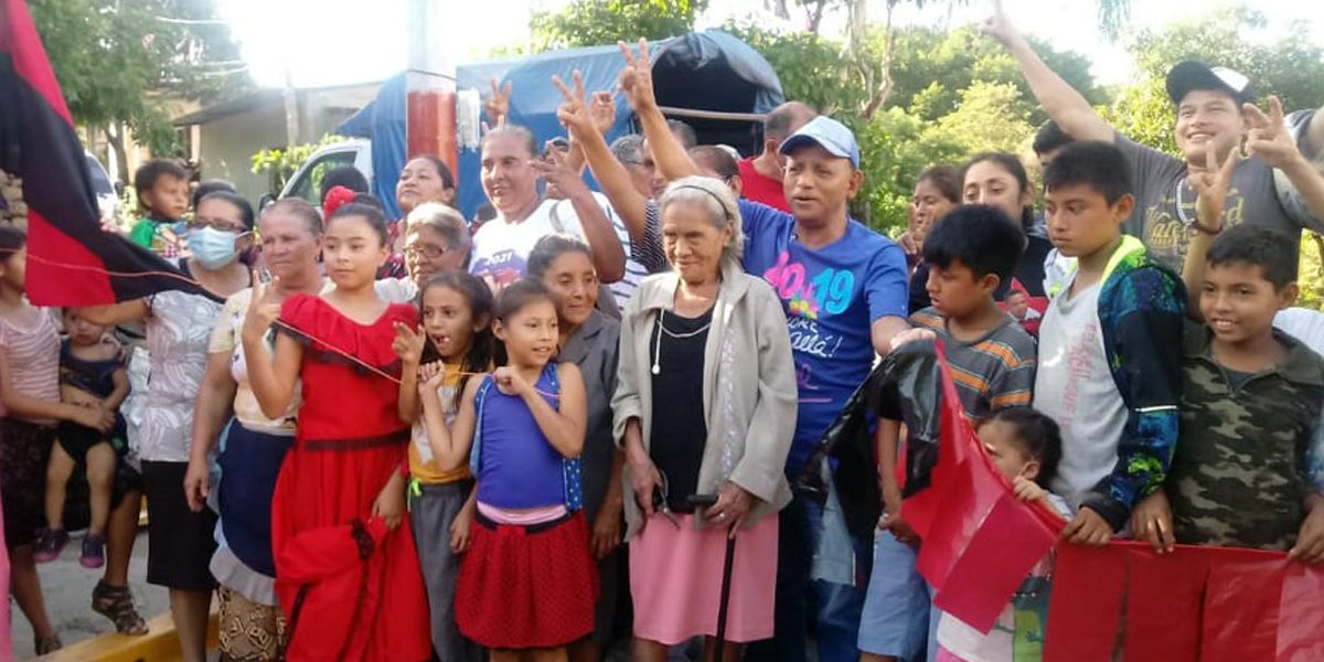 PROYECTO FINALIZADO DE CALLE-ANDÈN FUE ENTREGADO A FAMILIAS BENEFICIADAS